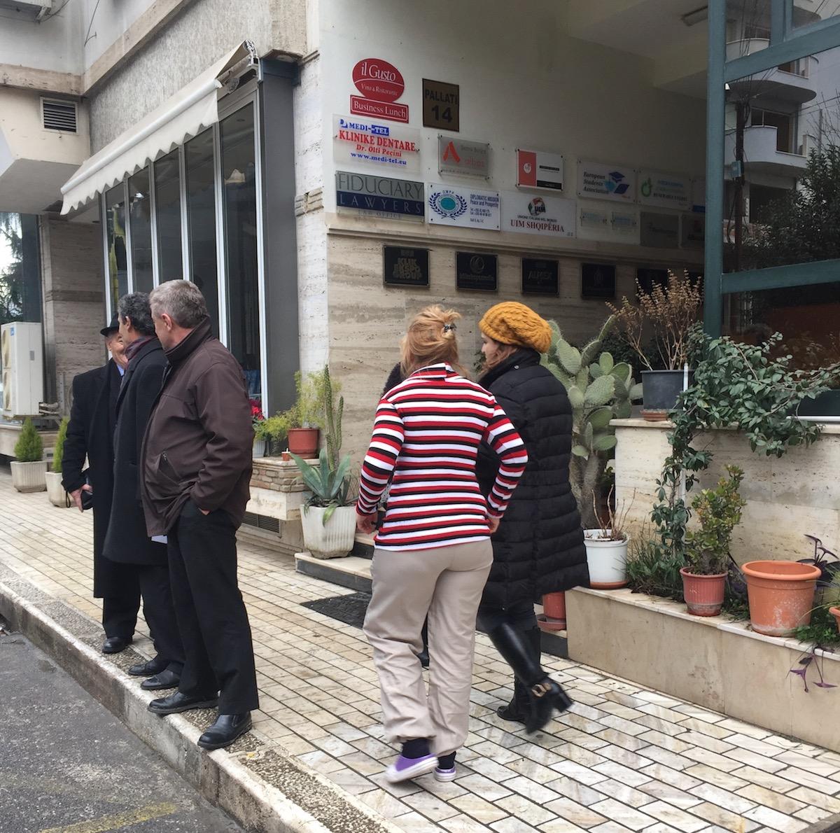 personen auf der Straße